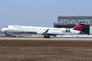 CRJ-900LR (CL-600-2D24) (N166PQ)