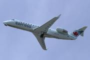 Canadair CL-600-2B19 Regional Jet CRJ-200ER (C-GNJA)