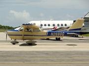 Cessna 172K Skyhawk (N2690Q)