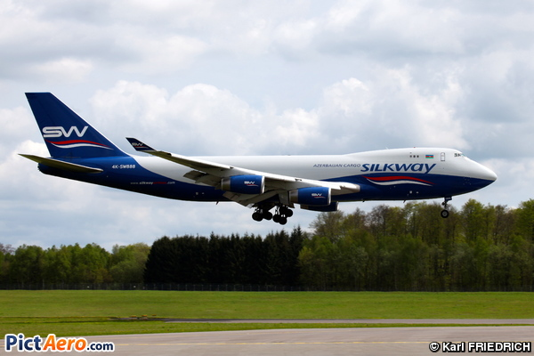 Boeing 747-4R7F/SCD (Silk Way Airlines)