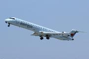 Canadair CL-600-2D15 Regional Jet CRJ-705ER (C-FDJZ)