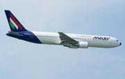 Boeing 767-306/ER (HA-LHC)