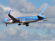 Boeing 767-304/ER  (G-OBYD)
