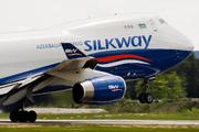 Boeing 747-4R7F/SCD (4K-SW888)