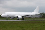 Airbus A320-214 (YL-LCH)