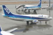 Boeing 737-54K (JA303K)