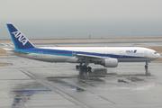Boeing 777-281 (JA705A)