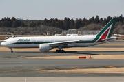 Boeing 777-243/ER (I-DISA)