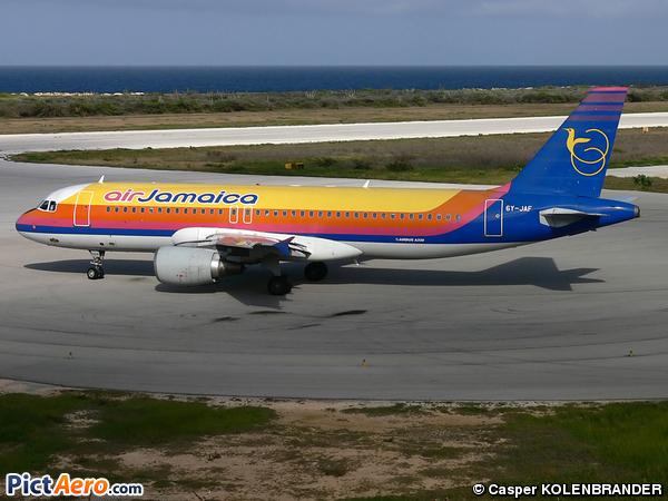 Airbus A320-214 (Air Jamaica)