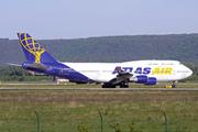 Boeing 747-446 (N464MC)