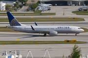 Boeing 737-824/WL (N33262)