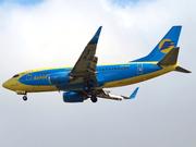 Boeing 737-59D (UR-AAM)
