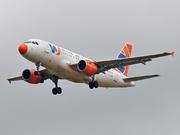 Airbus A319-113 (EI-DVU)