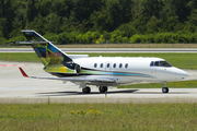 Raytheon Hawker 850XP (M-YCEF)