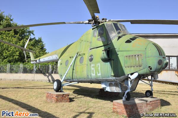 Mil Mi-4 (musée de l'aviation Krumovo/plovdiv)