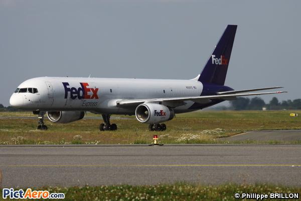 Boeing 757-2B7/SF (FedEx)