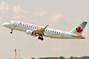 Embraer ERJ-175SU (C-FEJL)