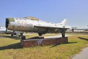 Mikoyan-Gurevich MiG-19 PM Farmer D (506)