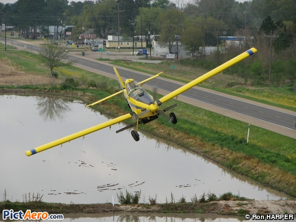 Air Tractor AT-400/401/402 ( RICHARD FLYING SERVICE INC)