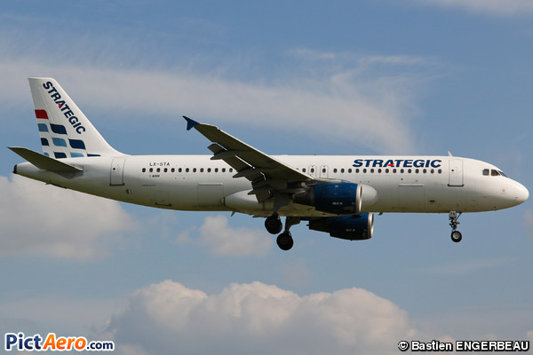 Airbus A320-214 (Strategic Airlines)