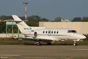 Hawker 700A