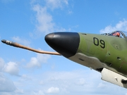 McDonnell Douglas TA-4SU Skyhawk (909)