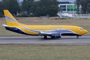 Boeing 737-348/QC