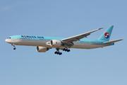 Boeing 777-3B5/ER (HL8209)