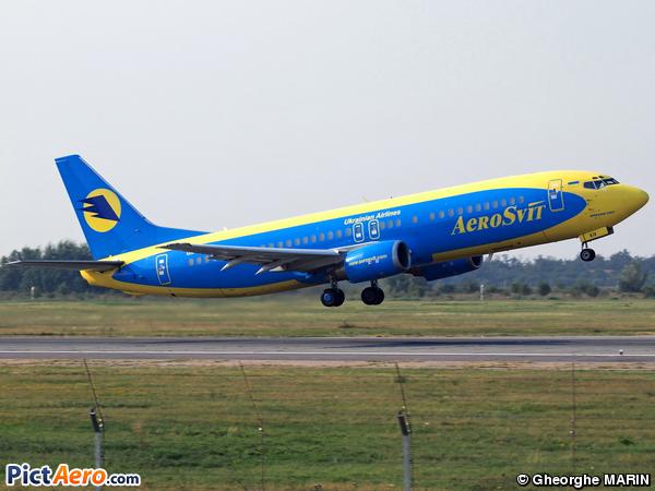 Boeing 737-4Y0 (AeroSvit Ukrainian Airlines)