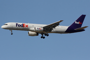 Boeing 757-204 SF