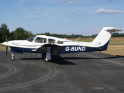Piper PA-28 RT-201T Turbo Arrow IV (G-BUND)