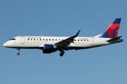 Embraer ERJ170-200LR (N202JQ)