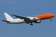 Boeing 767-383ER/BDSF (EC-LKV)