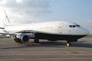 Boeing 737-329 (SX-MTF)