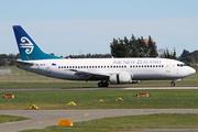 Boeing 737-3K2 (ZK-NGM)