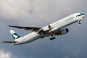 Boeing 777-367 (B-HNJ)