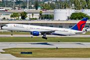 Boeing 757-232 (N616DL)