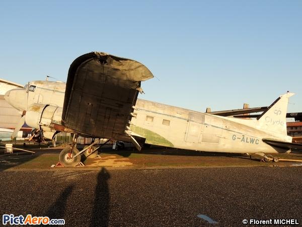 Douglas C-47A Skytrain  (Ailes Anciennes Toulouse)