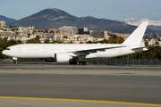 Boeing 777-2KQ/LR (VP-CAL)