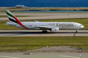 Boeing 777-21H/ER (A6-EMJ)