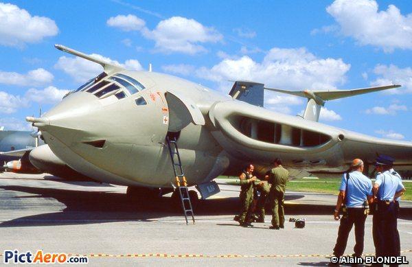 Handley Page HP-80 Victor (Royal Air Force)