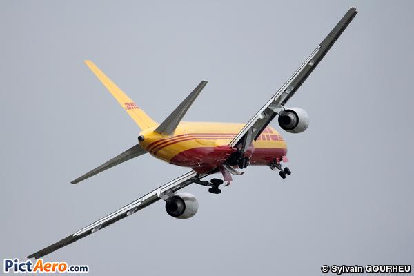 Boeing 757-236/SF (DHL Cargo)