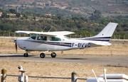 Cessna 210L Centurion II (F-BVVC)