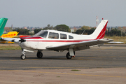 Piper PA-28 R-200 Cherokee Arrow II (F-GEOQ)