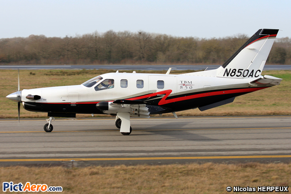 Socata TBM-700/850 (Lips Aviation)
