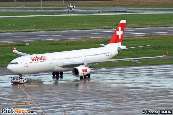 Airbus A330-343X (Swiss International Air Lines)