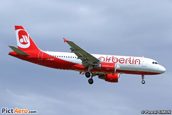 Airbus A320-214 (Air Berlin)