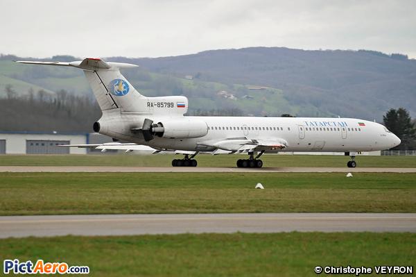 Tupolev Tu-154M (Tatarstan Airlines)
