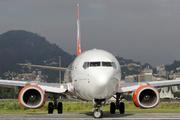 Boeing 737-8EH (PR-GUX)