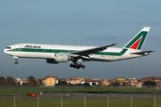 Boeing 777-243/ER (EI-ESD)